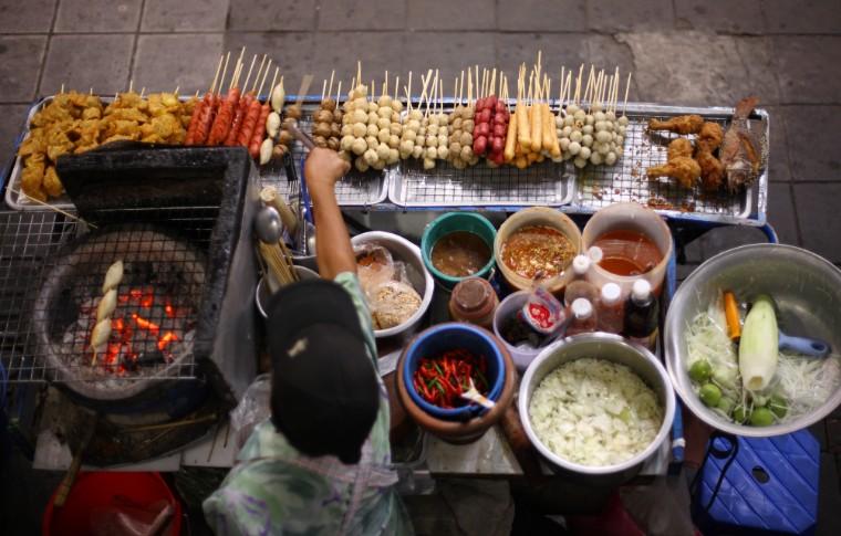 Thai street food vendor in Bangkok