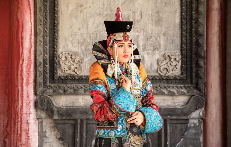 young mongolian woman in traditional mongolian dress